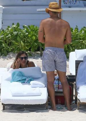 Jessica Alba: Bikini candids in Cancun-44