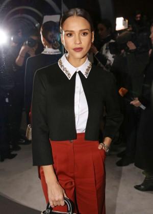 Jessica Alba - Christian Dior Fashion Show 2016 in Paris