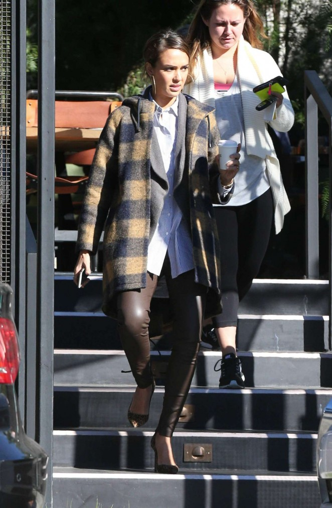 Jessica Alba grabs a coffee in Los Angeles