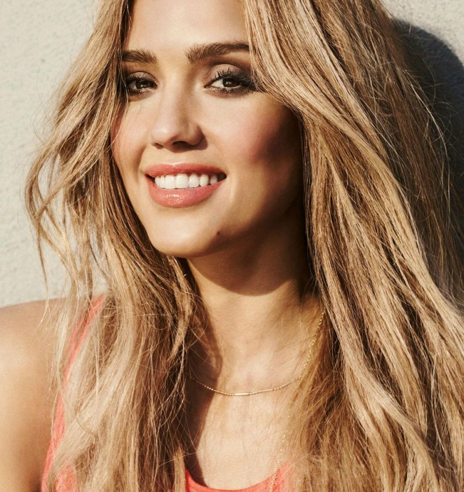 Jessica Alba - Honest Beauty 2015
