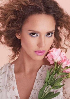 Jessica Alba - Honest Beauty 2016