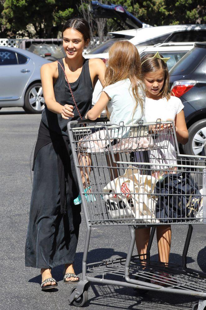Jessica Alba in Black Dress at Bouchon -08