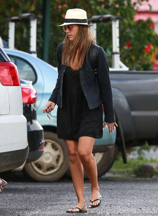 Jessica Alba in Black Mini Dress Shopping in Hawaii