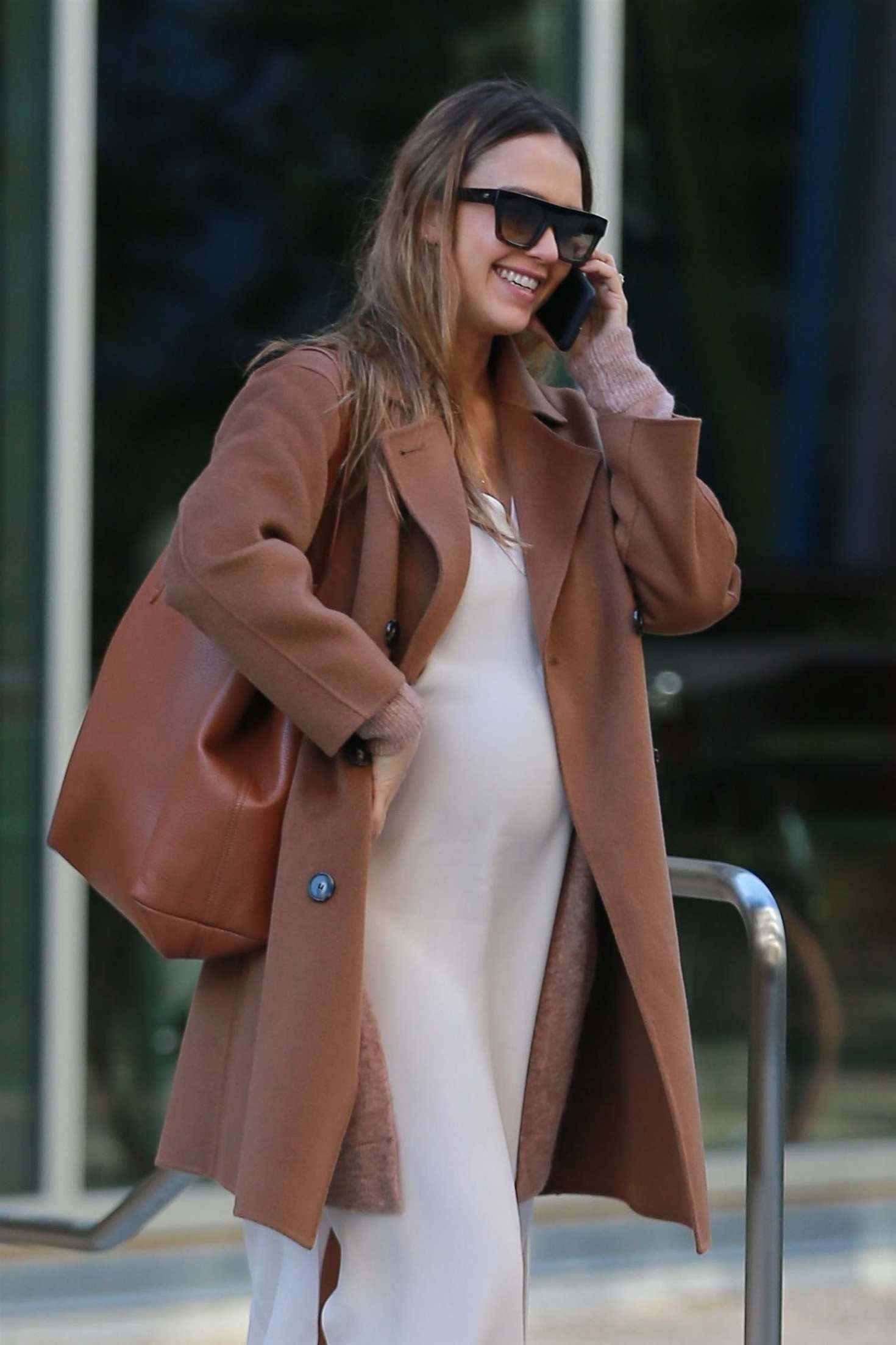Jessica Alba in Brown Coat out in Los Angeles