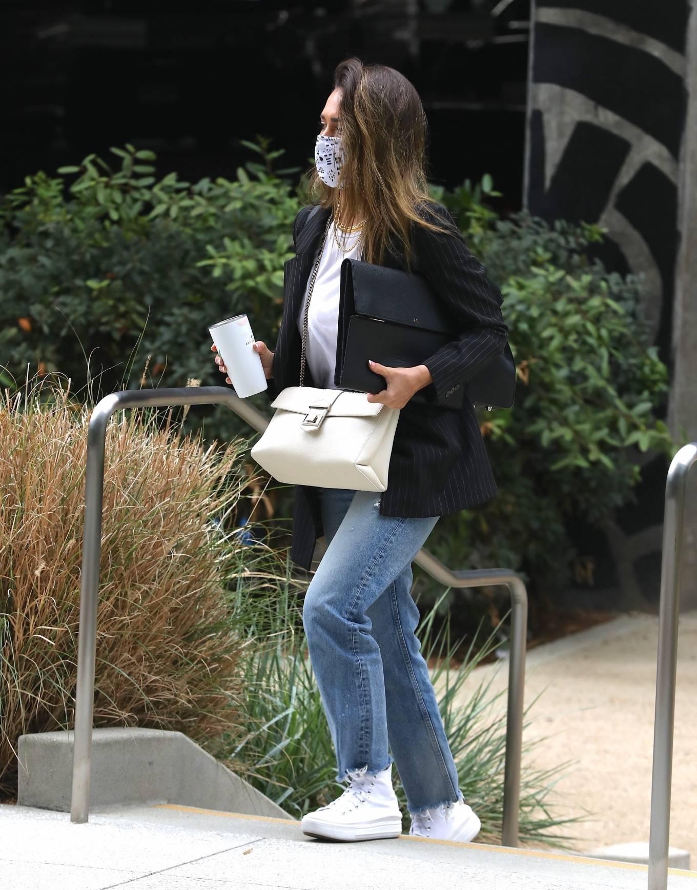 Jessica Alba 2021 : Jessica Alba – In denim arrives at her office in Los Angeles-04
