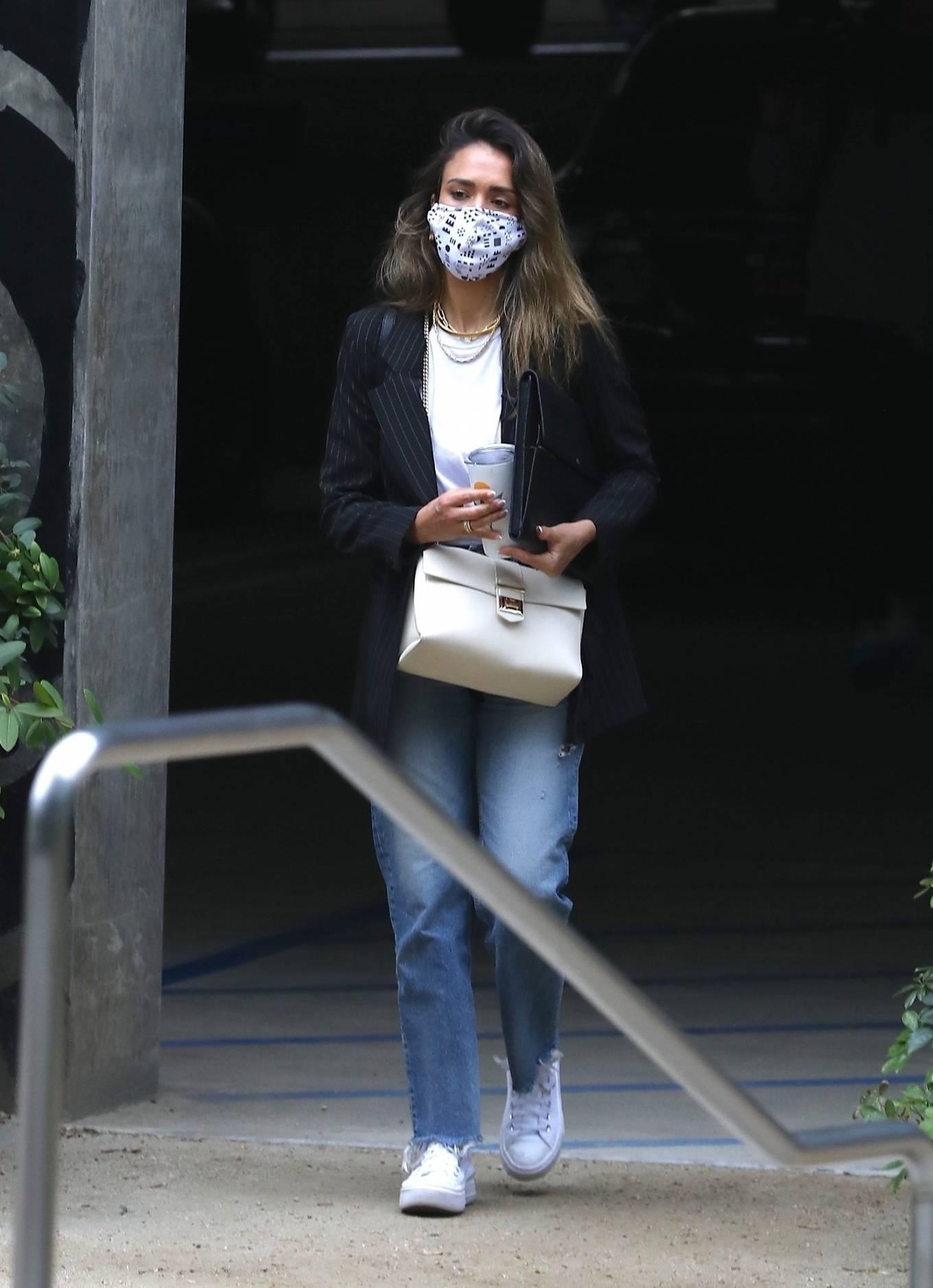 Jessica Alba 2021 : Jessica Alba – In denim arrives at her office in Los Angeles-05