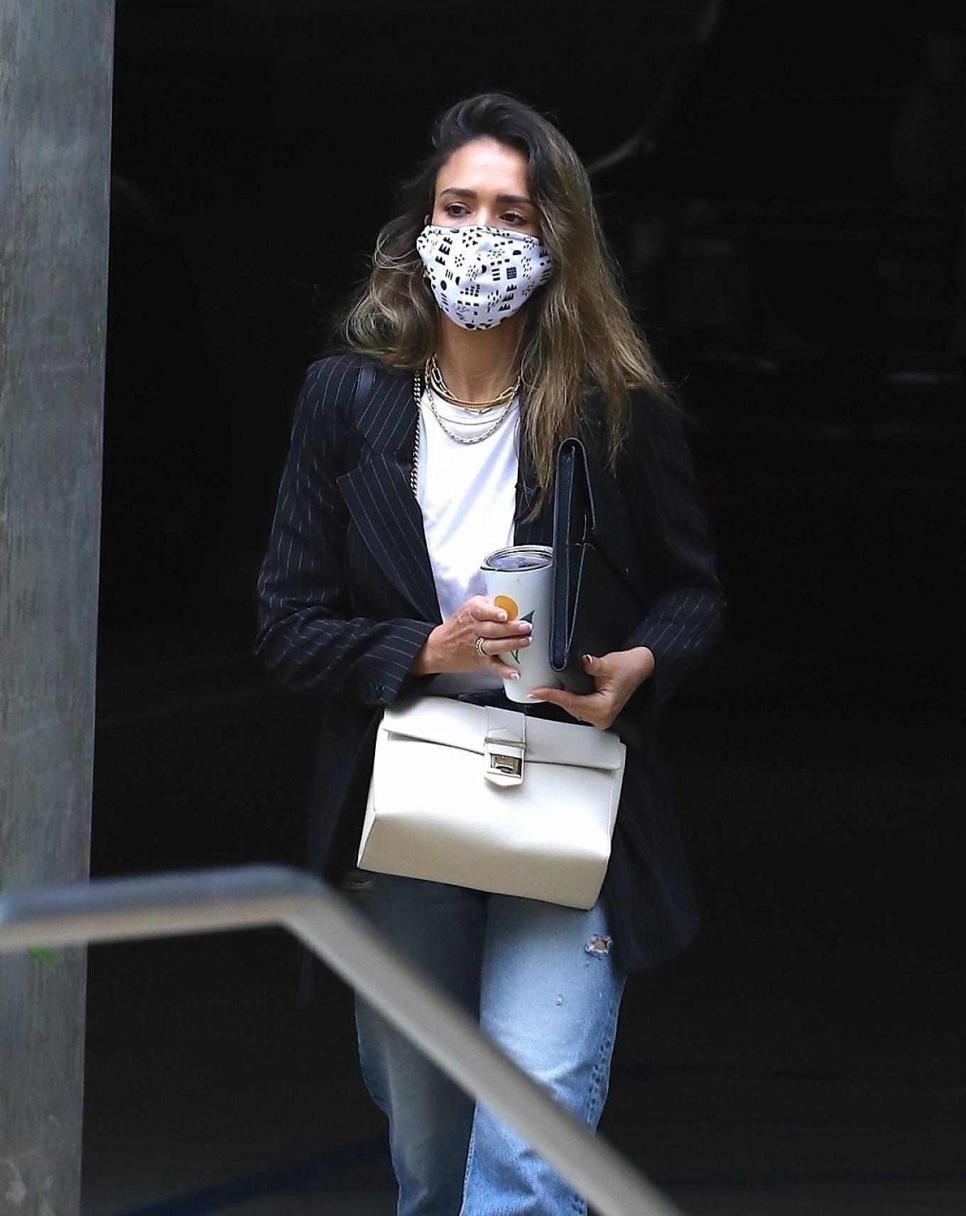 Jessica Alba 2021 : Jessica Alba – In denim arrives at her office in Los Angeles-06