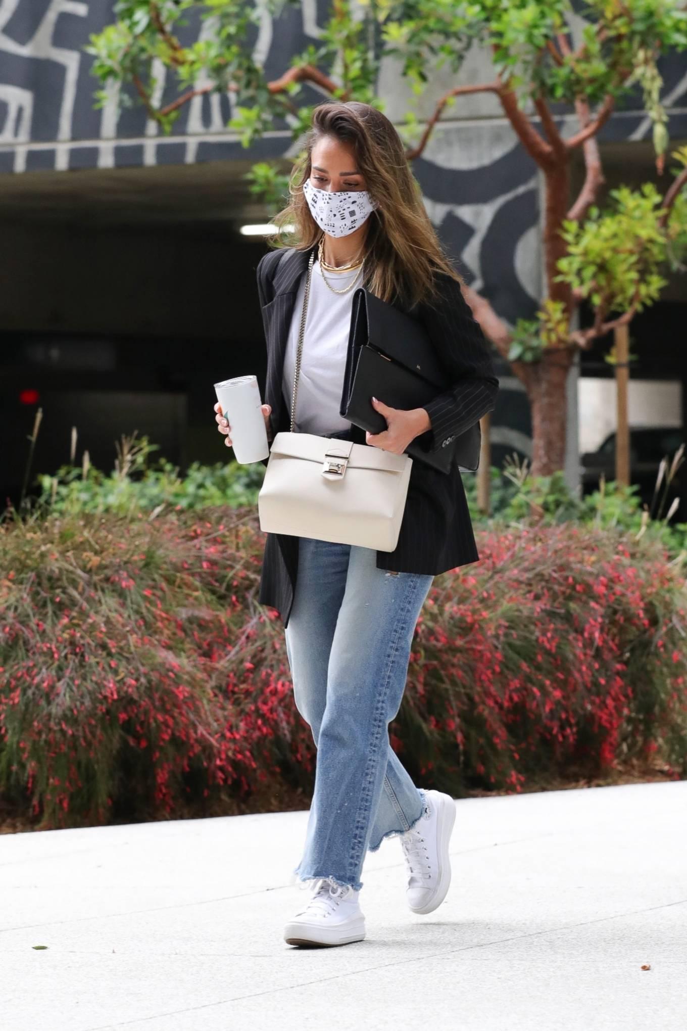 Jessica Alba 2021 : Jessica Alba – In denim arrives at her office in Los Angeles-08