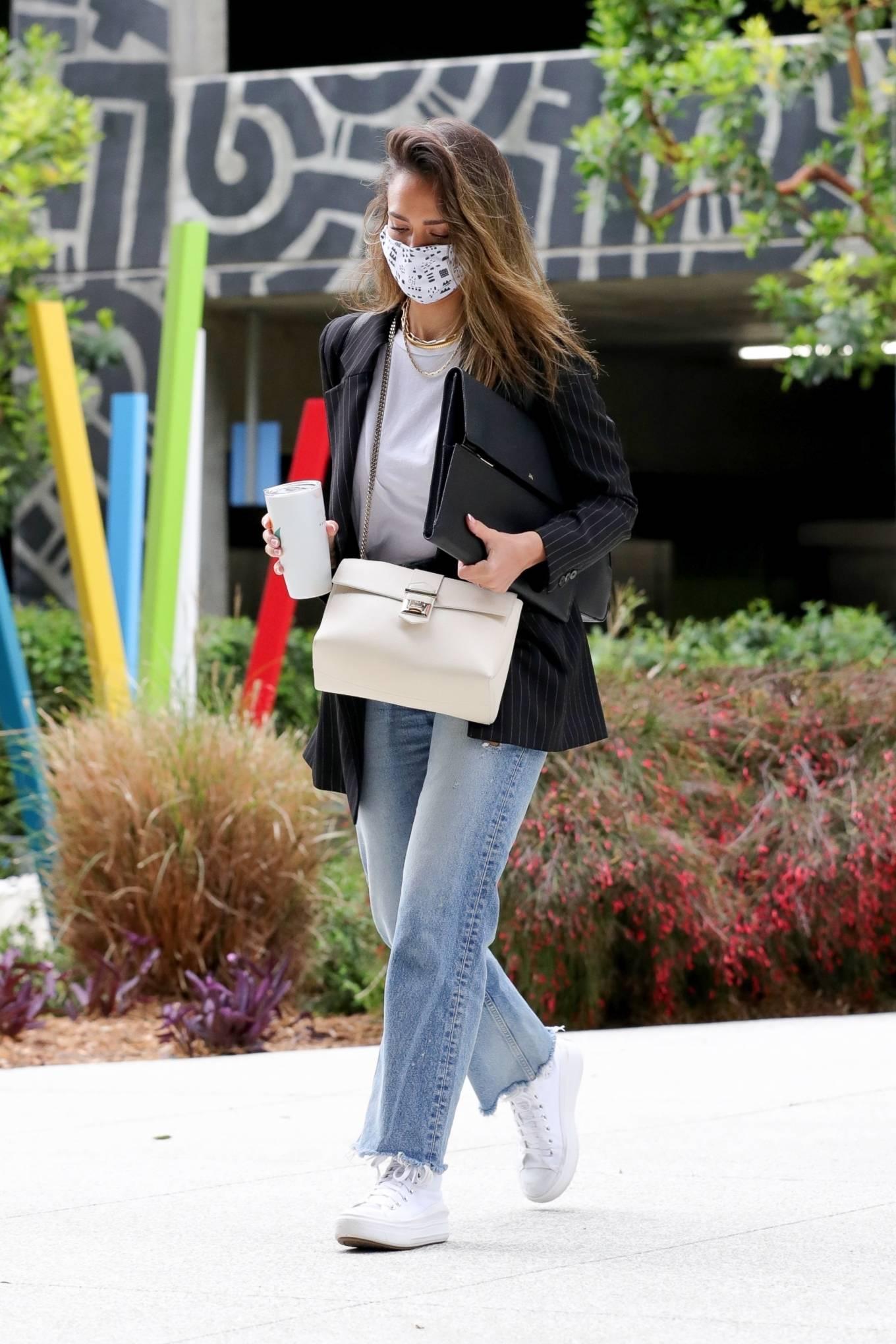 Jessica Alba 2021 : Jessica Alba – In denim arrives at her office in Los Angeles-15