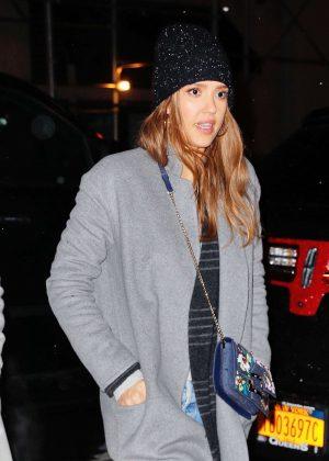 Jessica Alba in Grey Coat Goes to dinner in New York