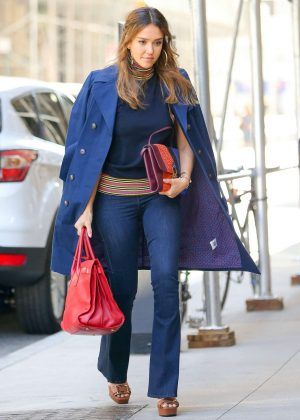 Jessica Alba in Jeans Out in New York