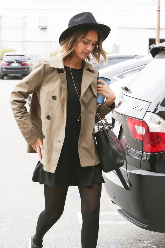 Jessica Alba in Short Black Dress -04