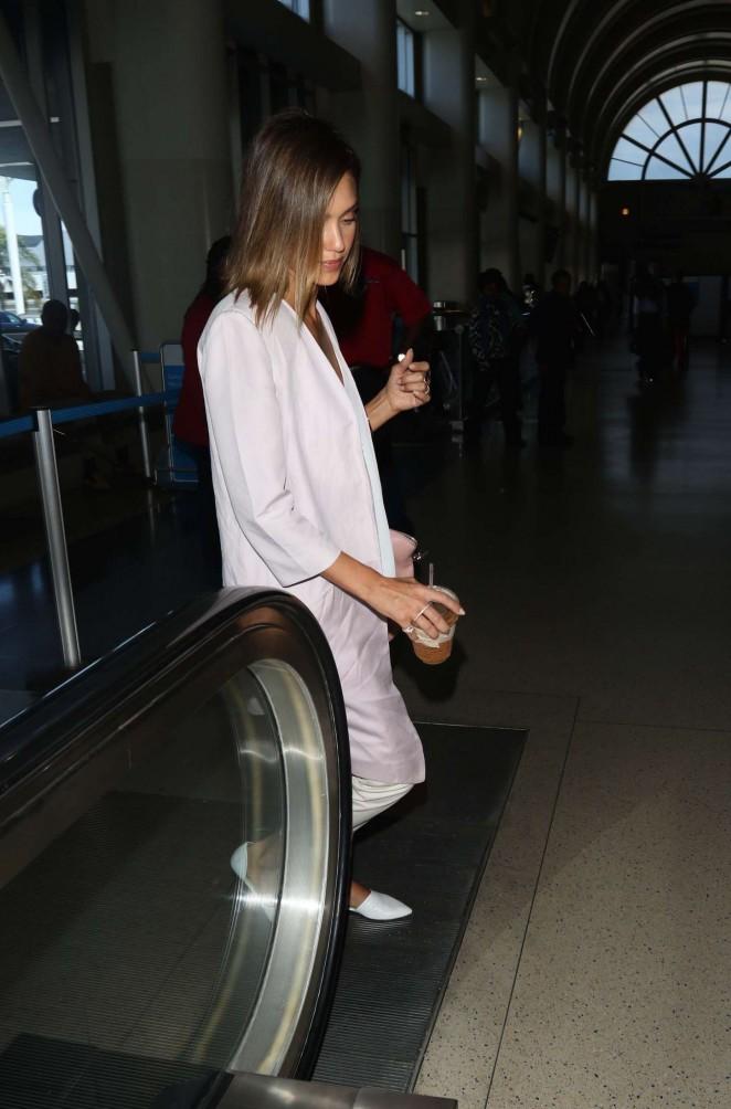 Jessica Alba: LAX Airport -01