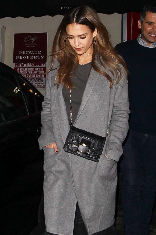 Jessica Alba - Leaves Craig's restaurant in West Hollywood