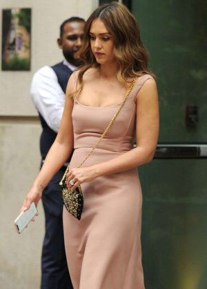 Jessica Alba - Leaves her hotel in New York City