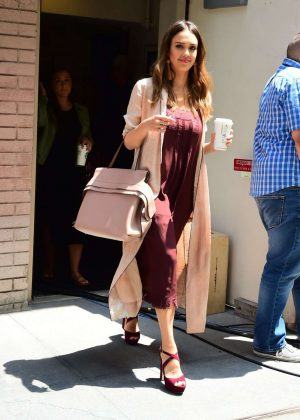 Jessica Alba - Leaves The View in New York
