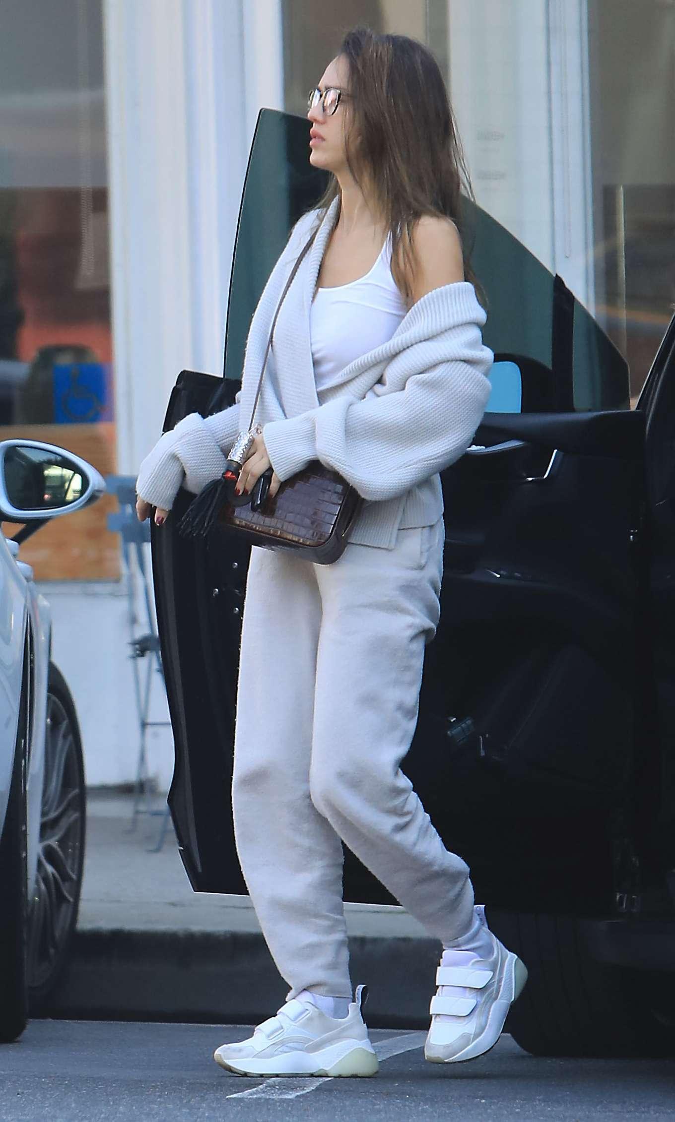 Jessica Alba - Leaving Blue Bottle in Beverly Hills