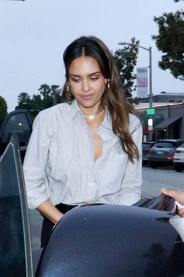 Jessica Alba - Leaving Gracias Madres in West Hollywood