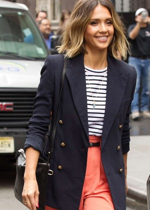 Jessica Alba: Leaving her hotel in NYC -14