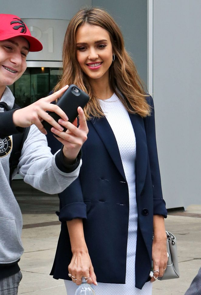 Jessica Alba Leaving the Global Morning Show Studios in Toronto