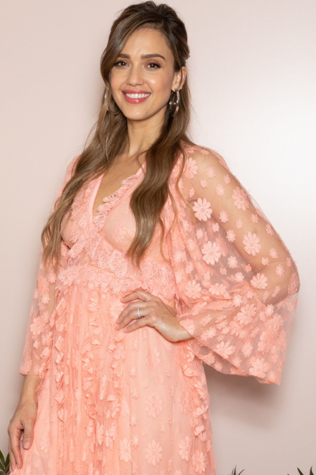 Jessica Alba: Meet and Greet event – Honest Beauty line at Douglas store in Milan-01