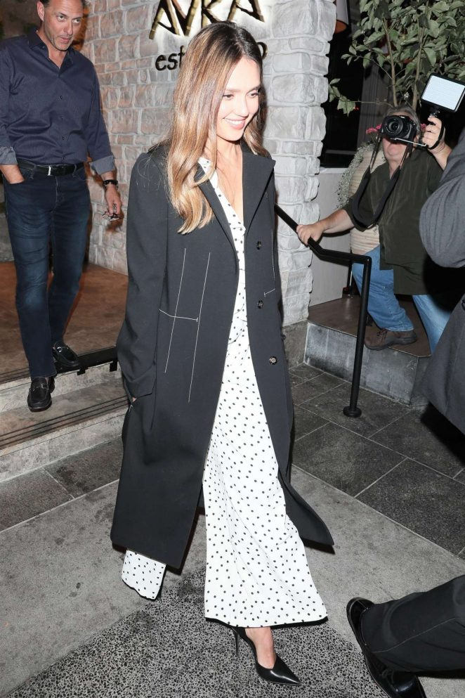 Jessica Alba - Night out at Avra restaurant in Beverly Hills