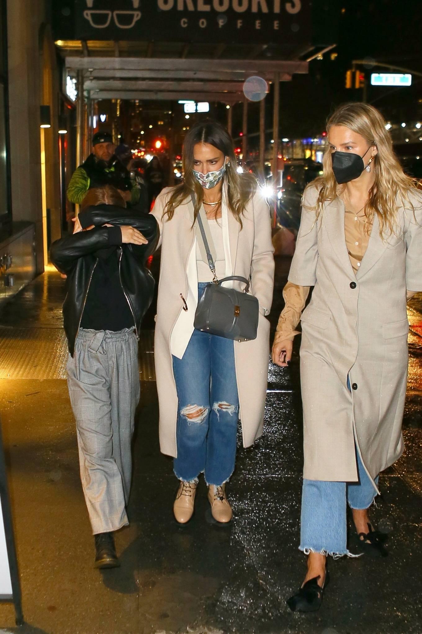 Jessica Alba 2021 : Jessica Alba – Night out in New York City-06