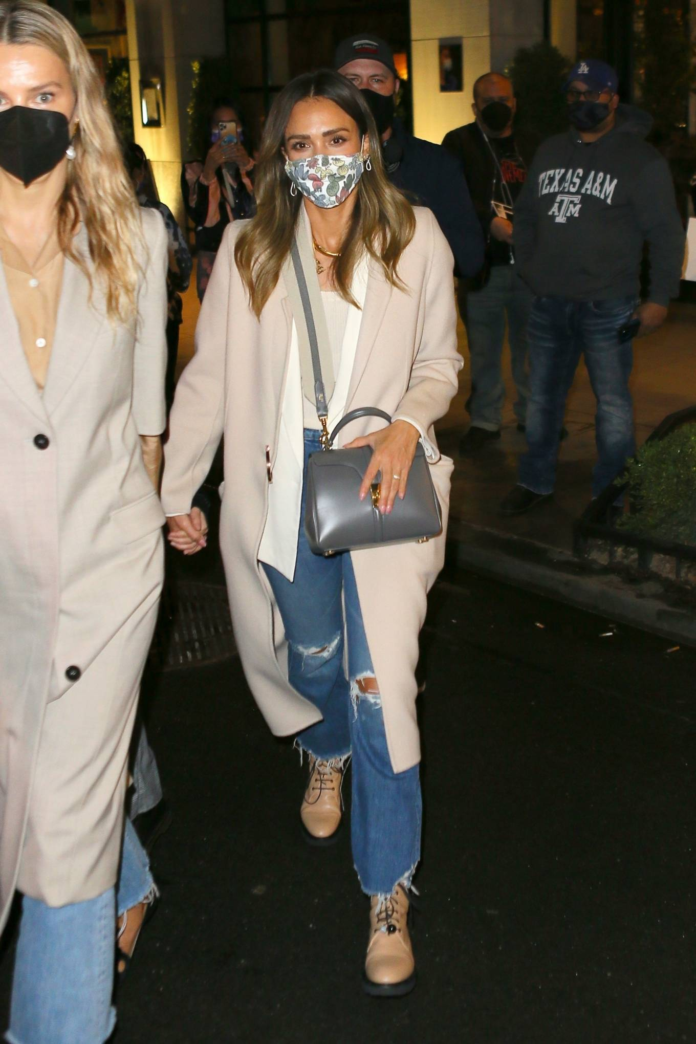 Jessica Alba 2021 : Jessica Alba – Night out in New York City-13