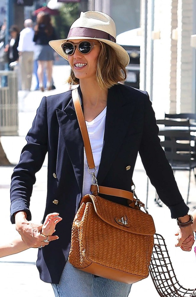 Jessica Alba - Out and about in LA