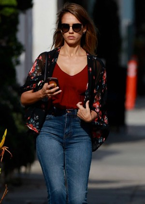 Jessica Alba in Jeans Out in Los Angeles