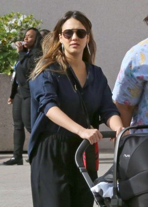 Jessica Alba - Out and about in Los Angeles