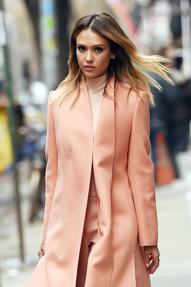 Jessica Alba - Out and about in Manhattan