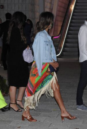 Jessica Alba - Out for dinner at ZZ's Club restaurant in Miami
