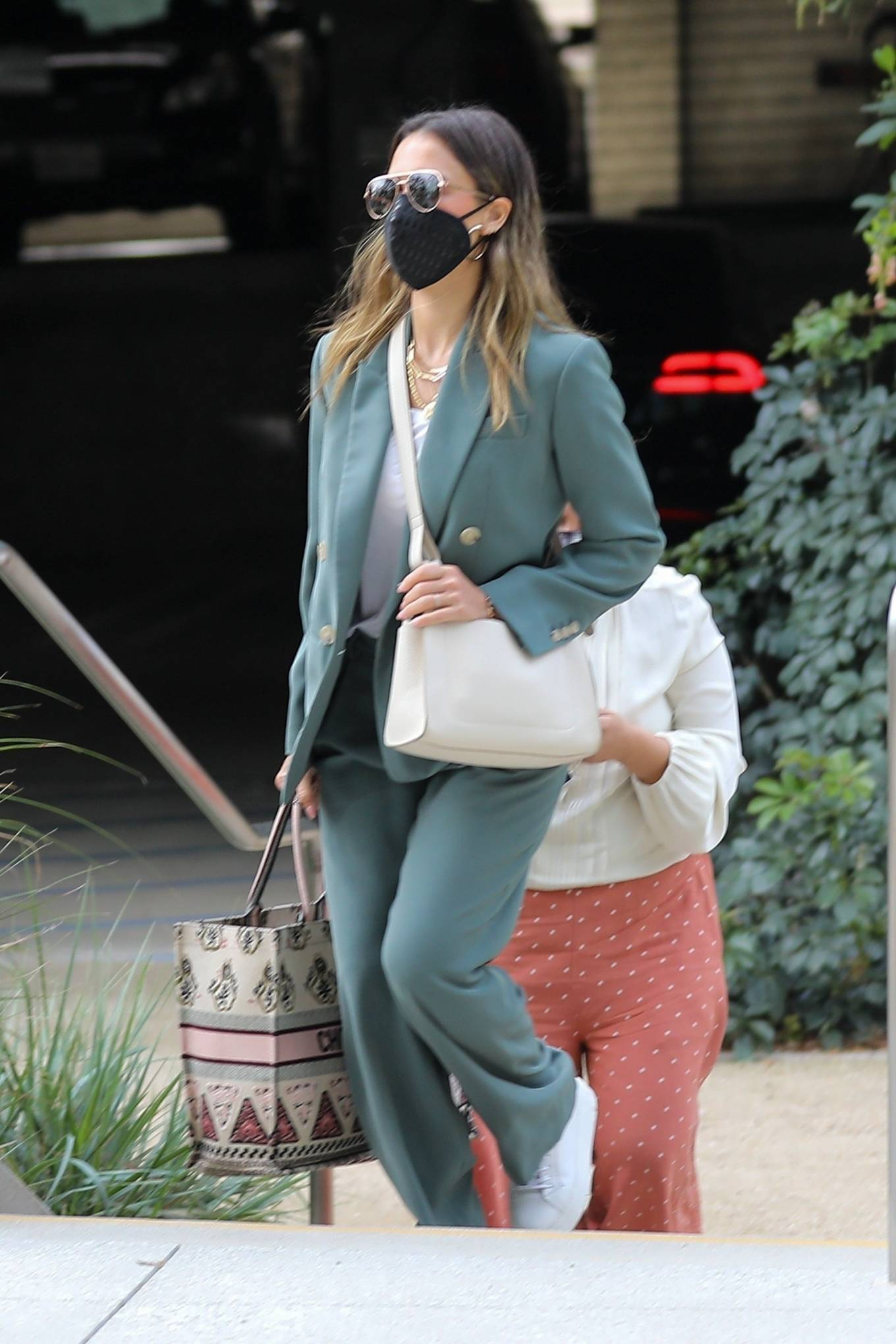 Jessica Alba 2021 : Jessica Alba – Out in a classy suit in Playa Vista-04