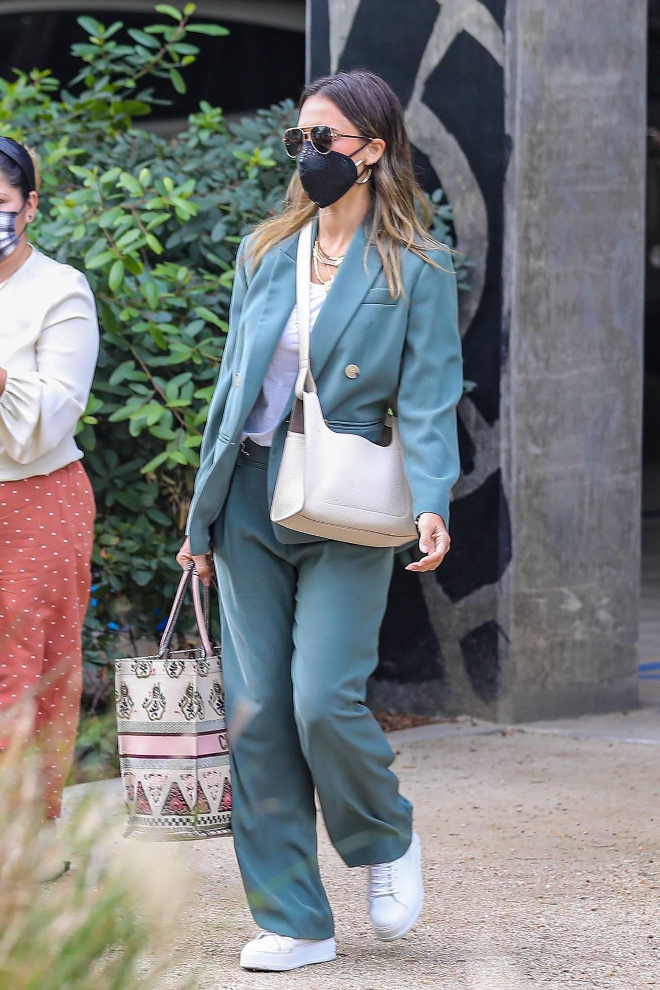 Jessica Alba 2021 : Jessica Alba – Out in a classy suit in Playa Vista-31
