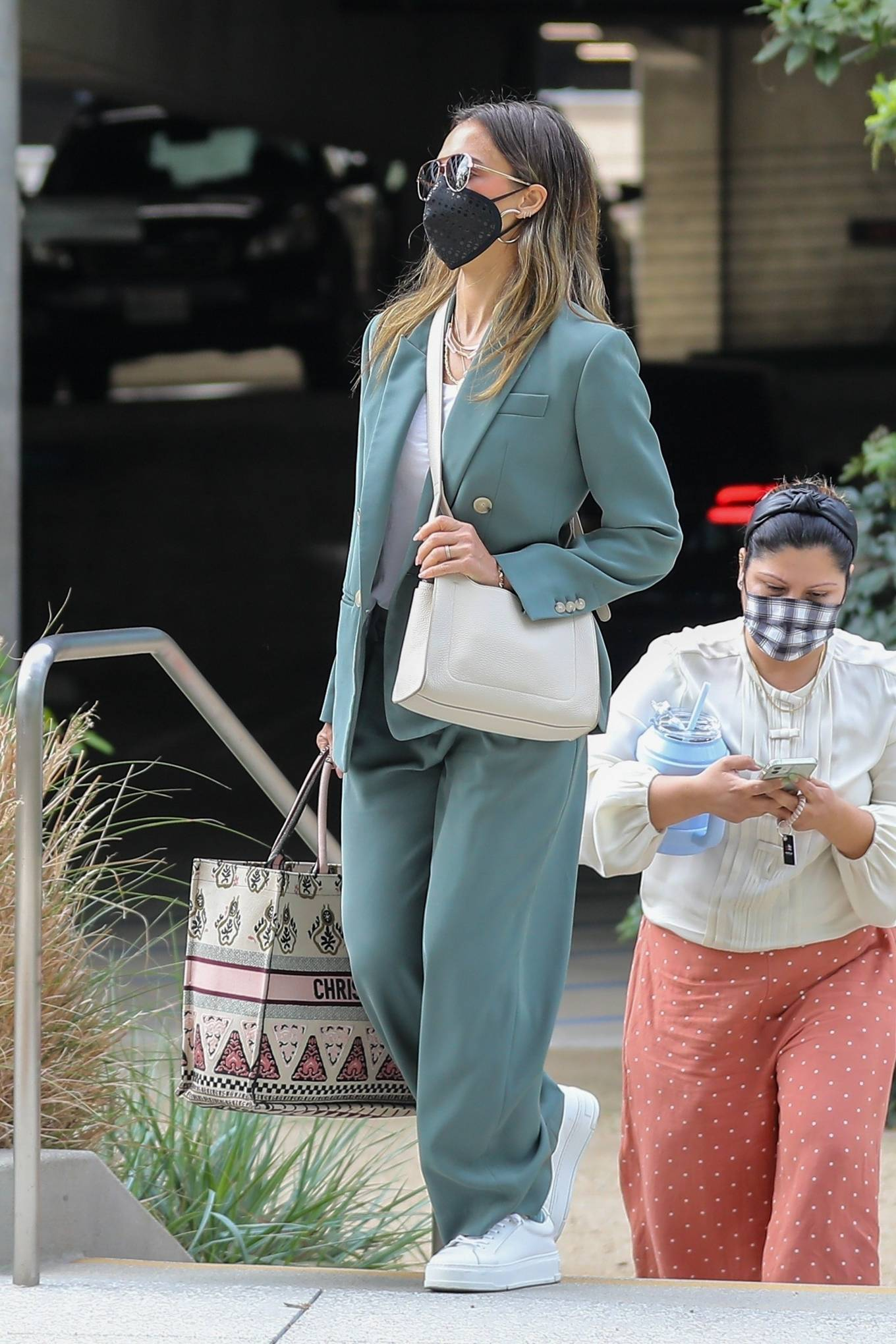 Jessica Alba 2021 : Jessica Alba – Out in a classy suit in Playa Vista-34