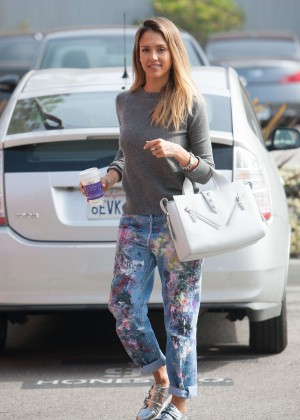 Jessica Alba - Out in LA