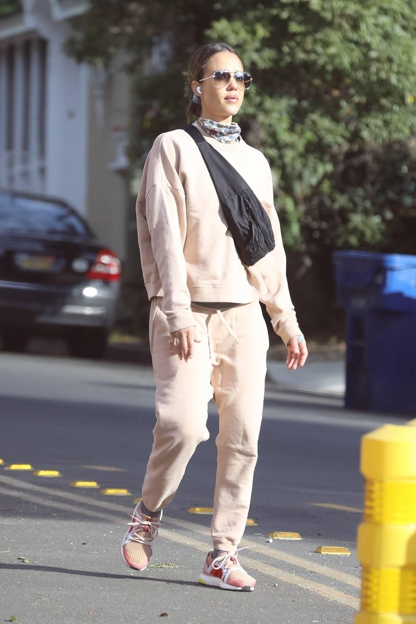 Jessica Alba 2020 : Jessica Alba – out in Los Angeles-10