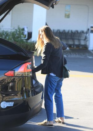 Jessica Alba - Out in Los Angeles