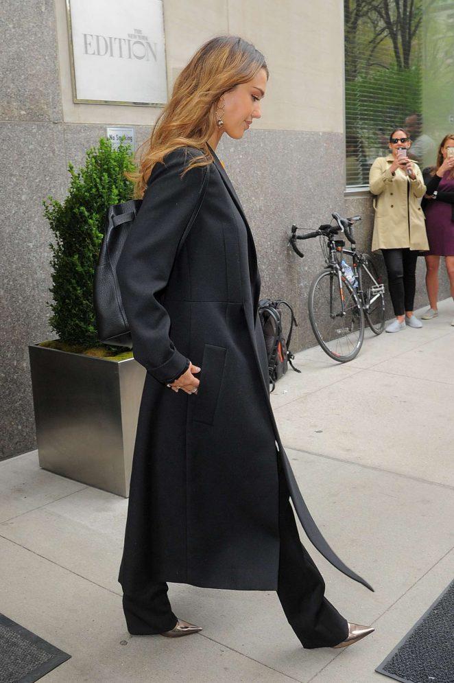 Jessica Alba out in Manhattan -04