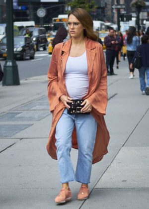 Jessica Alba - Out in NYC