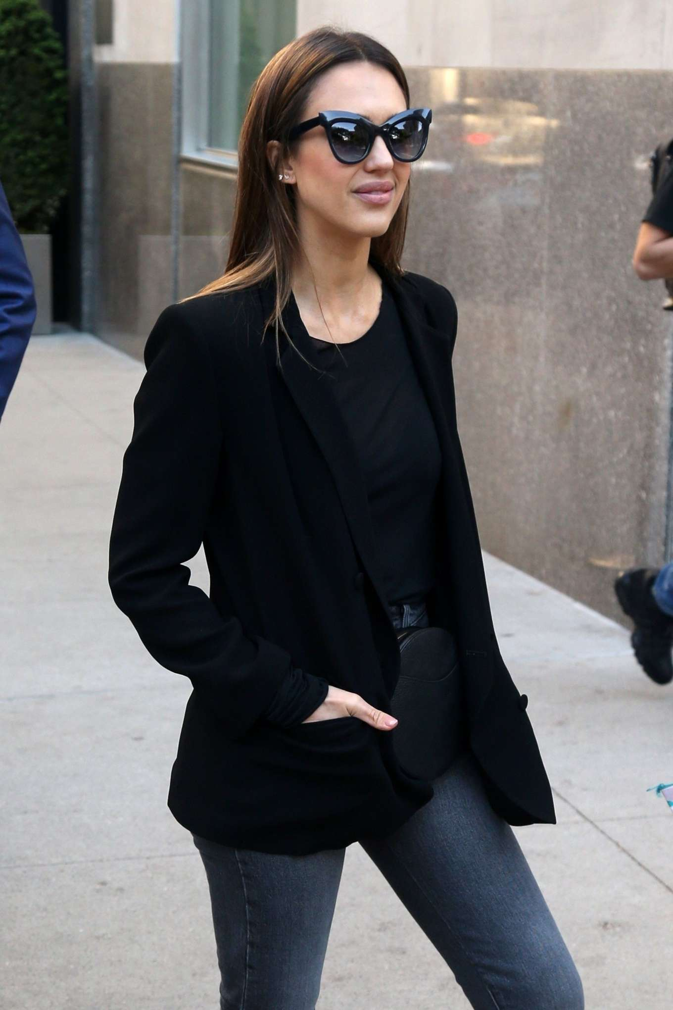 Jessica Alba 2019 : Jessica Alba: Out in NYC-21