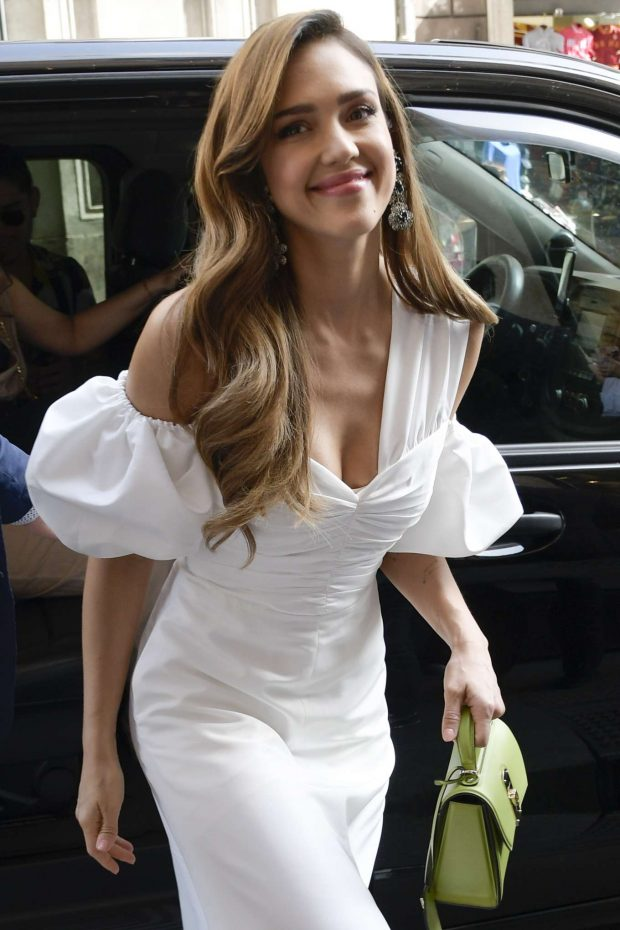 Jessica Alba - out in Rome