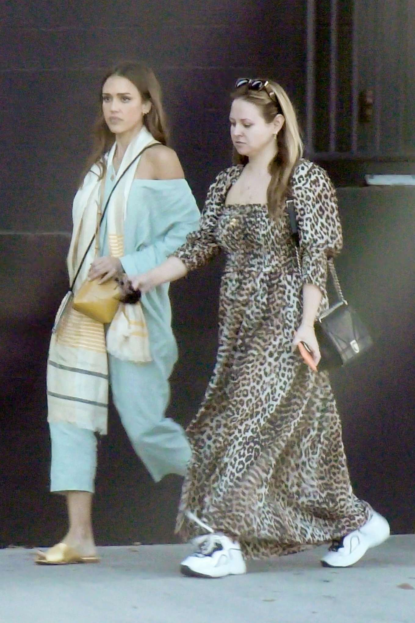 Jessica Alba 2019 : Jessica Alba – Out with a friend in Los Angeles-03