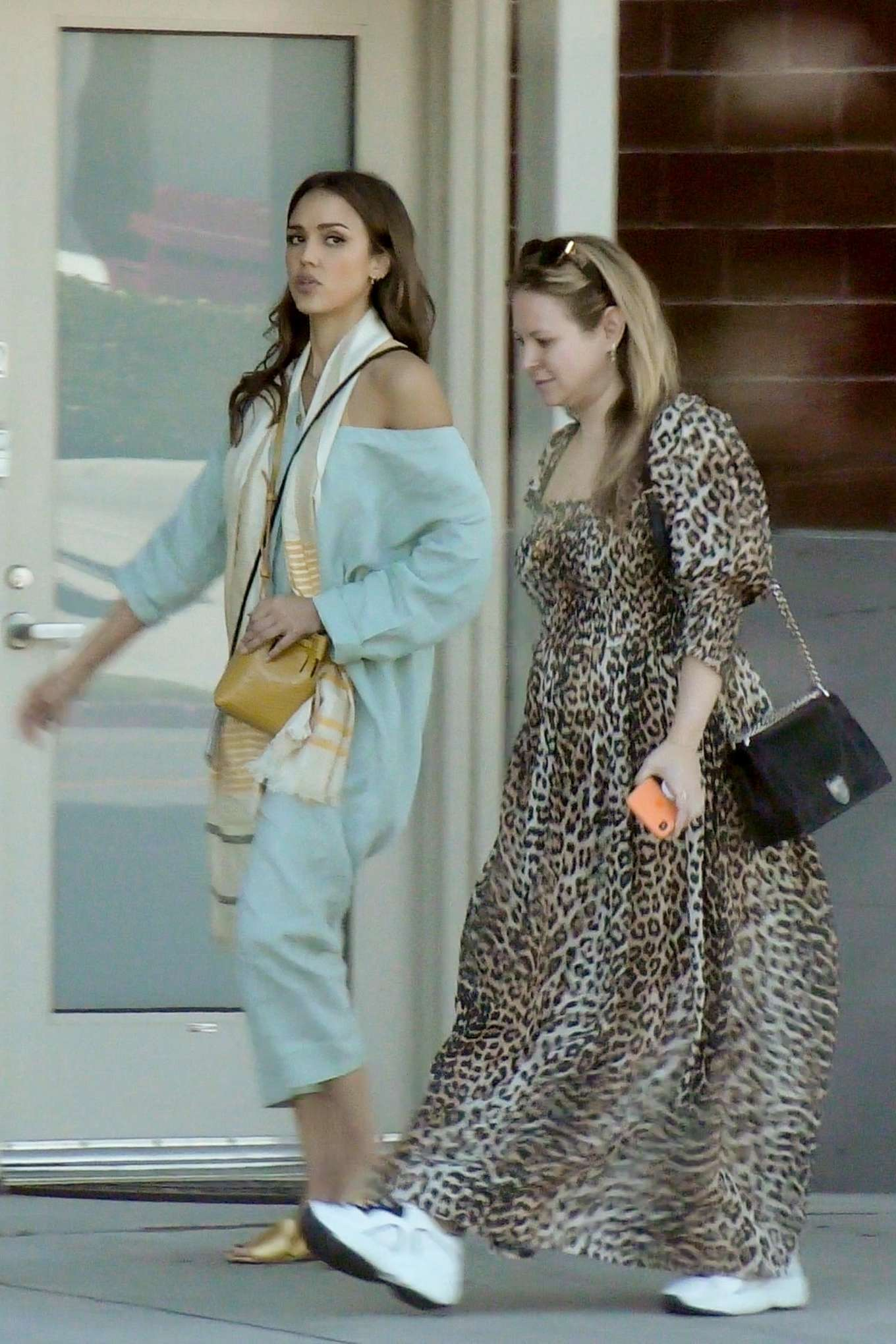 Jessica Alba 2019 : Jessica Alba – Out with a friend in Los Angeles-04