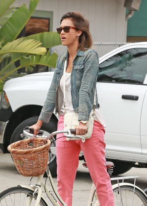 Jessica Alba: Riding her bike -21