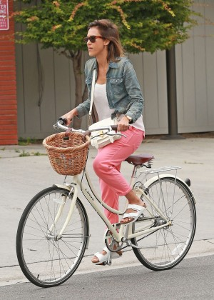 Jessica Alba: Riding her bike -30