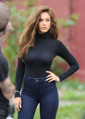 Jessica Alba - Shooting a denim campaign in New York City