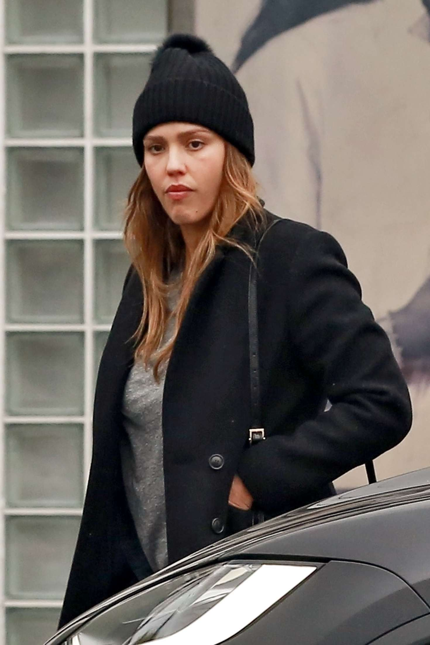 Jessica Alba 2018 : Jessica Alba: Shopping at Fred Segal -07