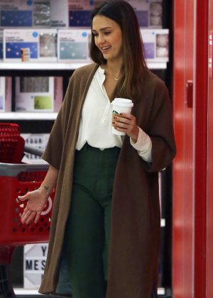 Jessica Alba - Shopping at Target in Los Angeles